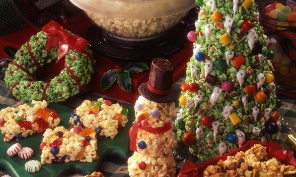Christmas Popcorn Sculpting