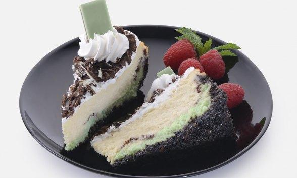 Vanilla Mint Cheesecake with Dark Chocolate